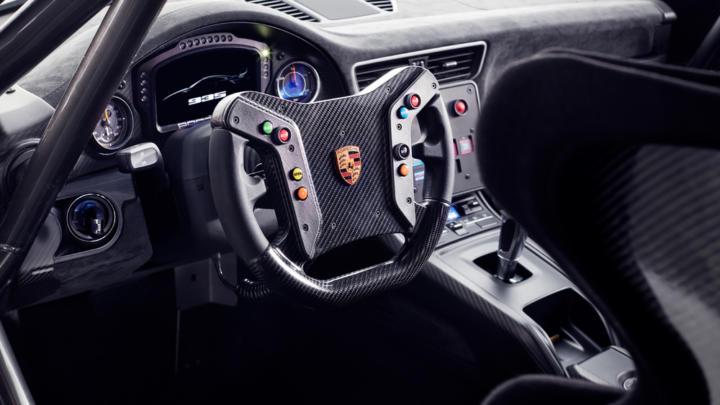 Hugo Boss bude oblékat závodníky a členy týmu Porsche Motorsport