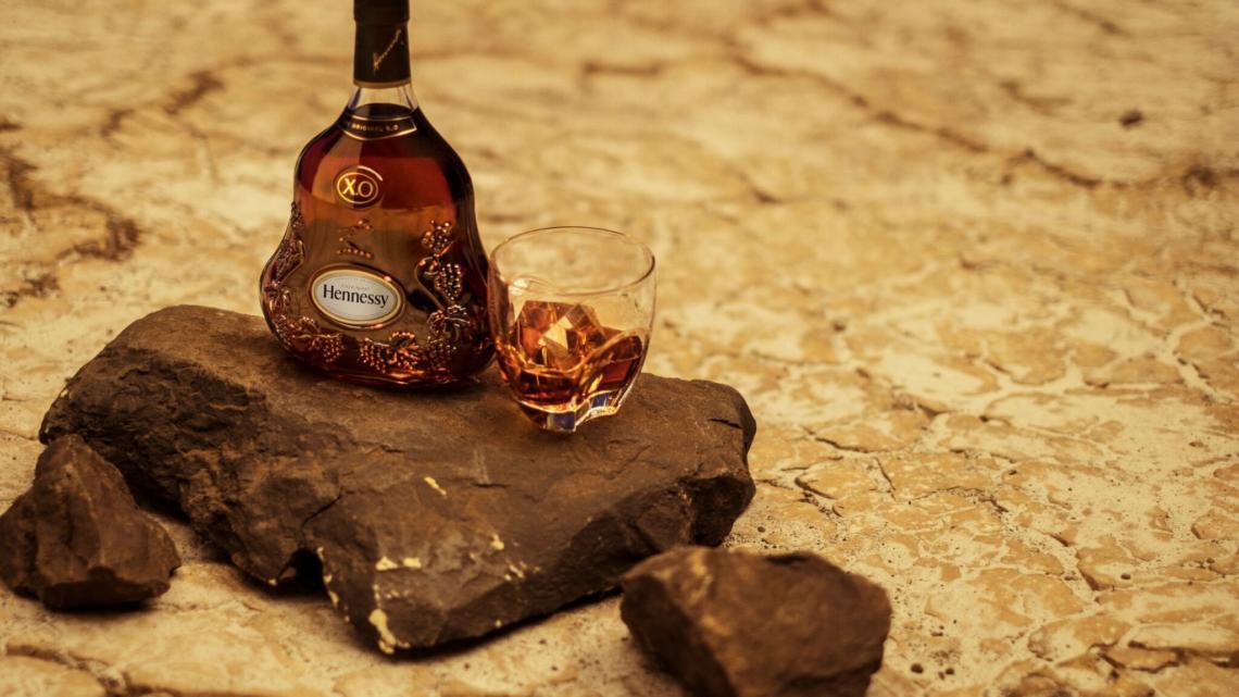 Hennessy spolupracuje s režisérem Ridleym Scottem
