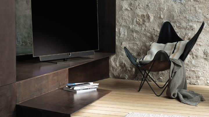 Televizory Loewe podporují nově hlasovou komunikaci s digitální asistentkou Alexa