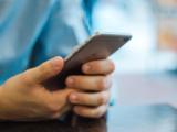 mobilni-telefon-ilustracni