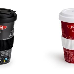 OMV přispívá ke snížení množství odpadů a zavádí opakovaně použitelné porcelánové hrnky na kávu