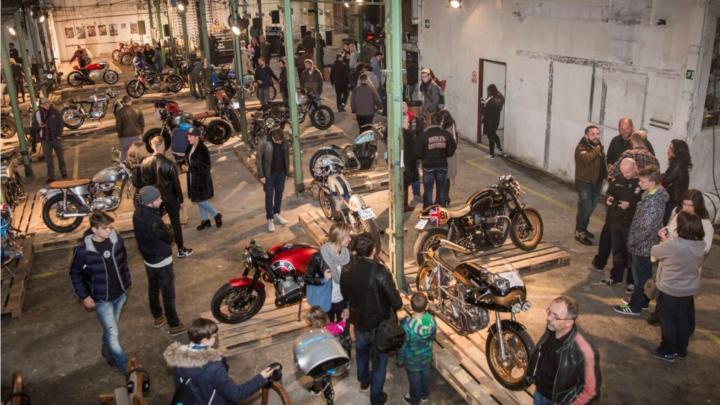 Výstava originálních motorek All ride show koncem října opět v pražské Továrně
