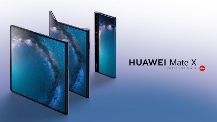 Po samsungu i další. Huawei Mate X je další skládací telefon s ohebným displejem