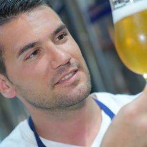4 důvody, proč si doma vařit vlastní pivo