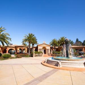 Chcete bydlet v Kalifornii? Na prodej bude 60milionový komplet Retreat at Cambria na pobřeží