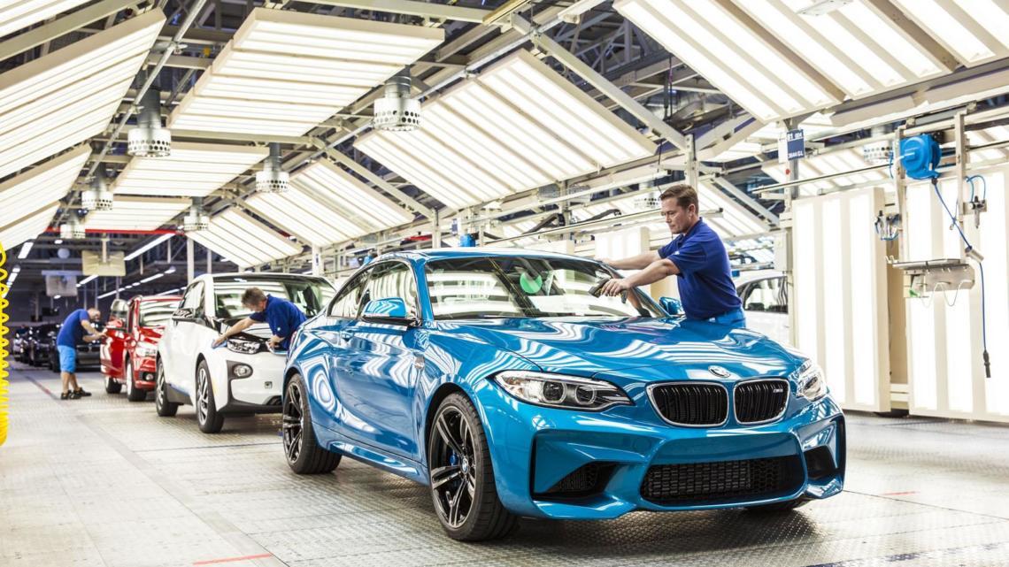 Společnosti Microsoft a BMW Group představují Otevřenou výrobní platformu