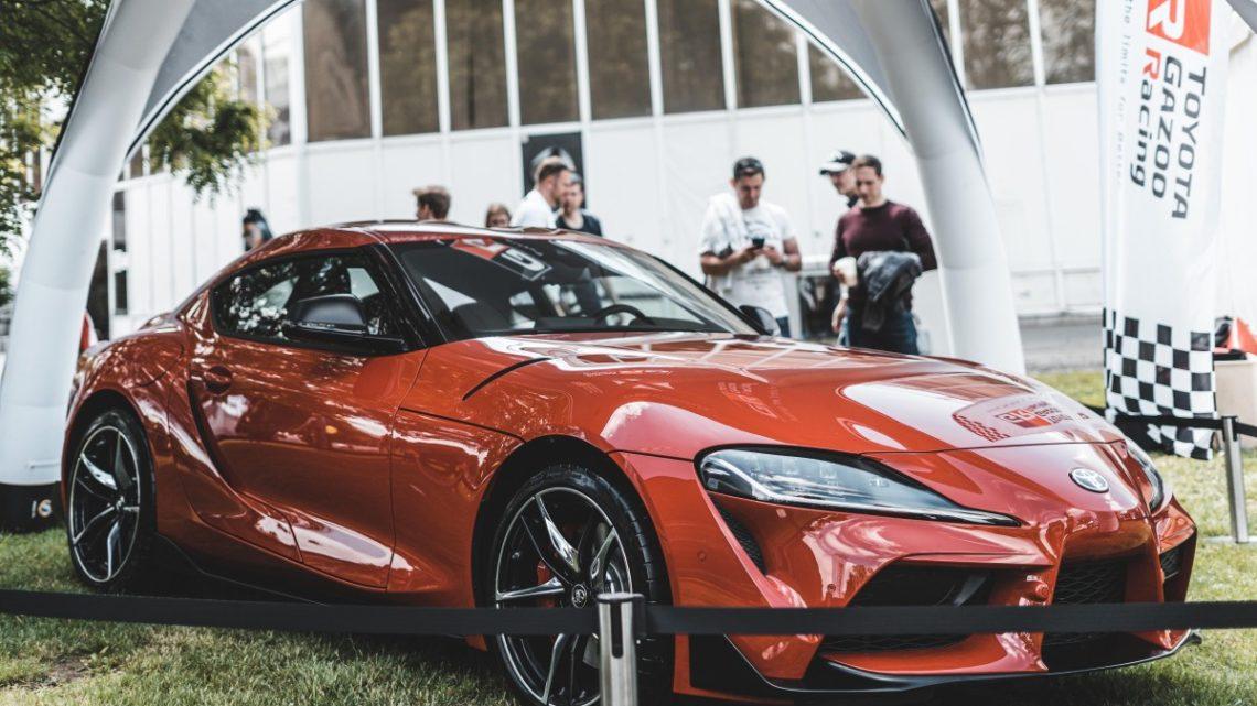 Toyota na Legendách ukázala novou Supru a Camry