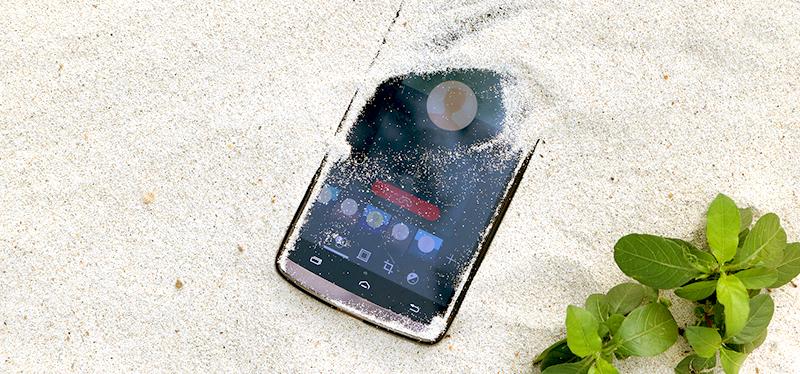 Zbavte se závislosti na chytrých telefonech. Nejlepší digitální detox zažijete na dovolené