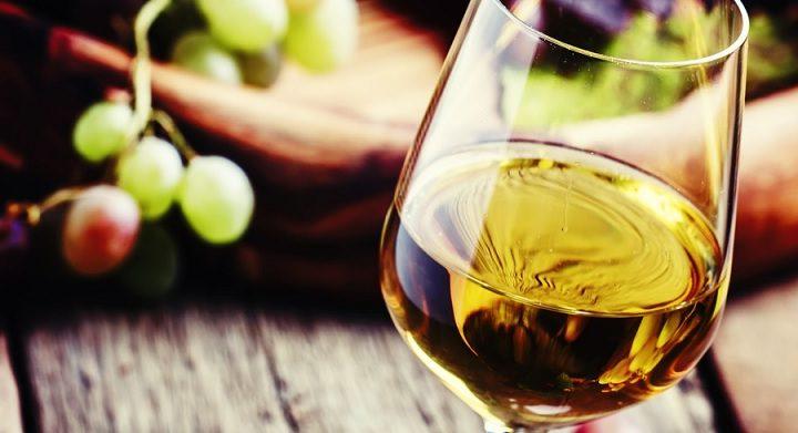 Národ pivařů miluje i víno. Kam vyrazit na sklenku?