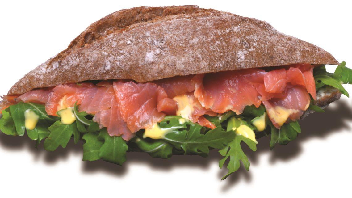 Lahodný sendvič s uzeným lososem na OMV