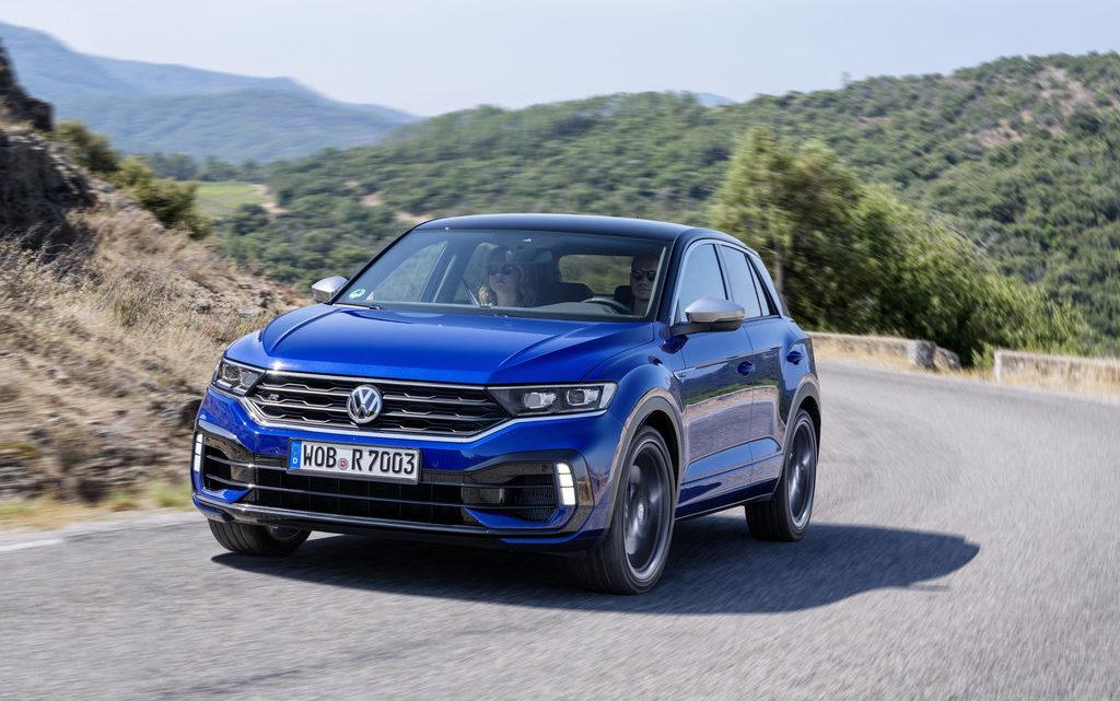 300koňový Volkswagen T-Roc R je v prodeji. Základní cena startuje na 1042900 Kč
