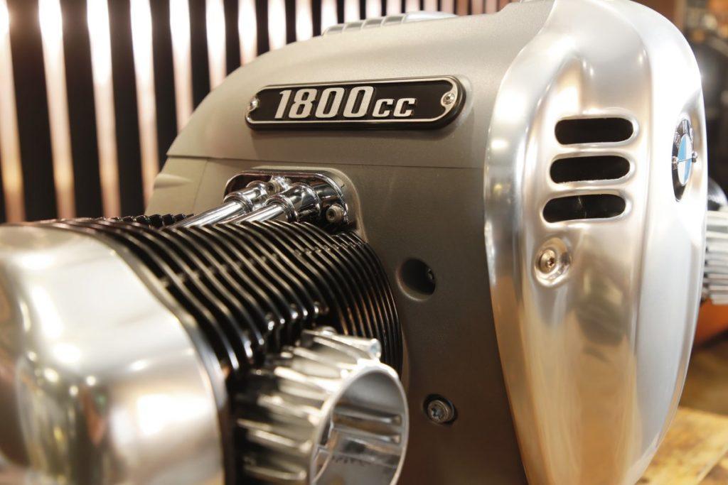 BMW-Motorrad-motor-Big-Boxer- (9)